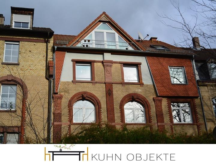 Ludwigshafen /Großzügige 2-Zimmer-Eigentumswohnung im Dachgeschoss eines gepflegten Wohnhauses