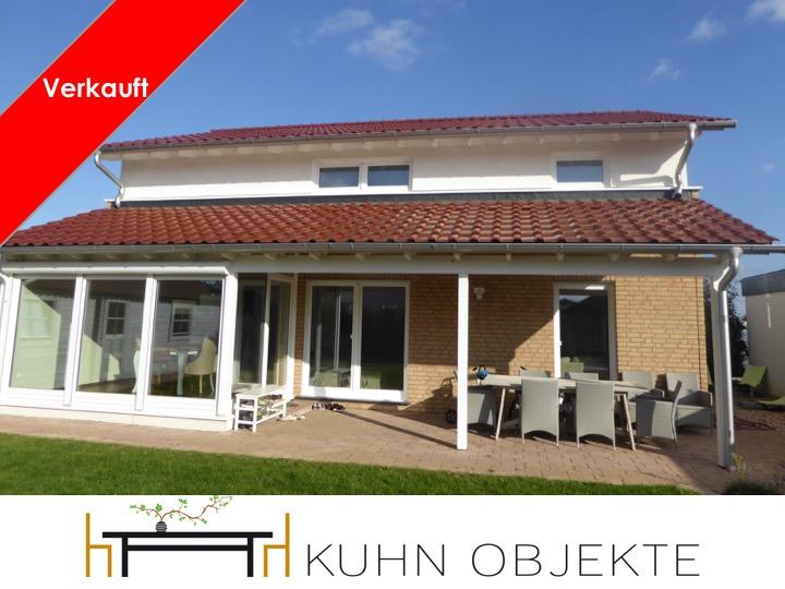Gommersheim / Modernes, freistehendes Einfamilienhaus in ruhiger Lage