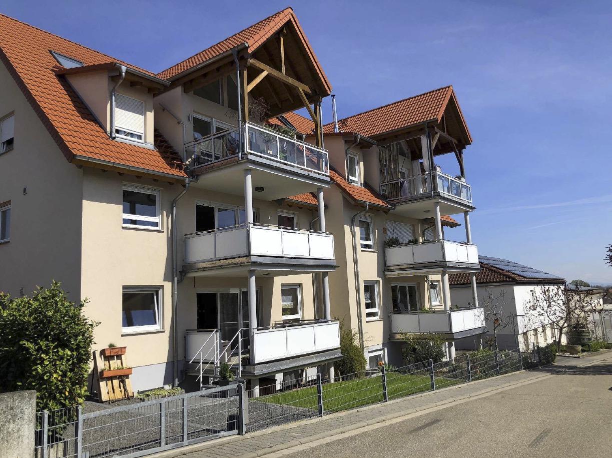 Freinsheim / Hochwertige Maisonettewohnung mit Balkon und Garage.