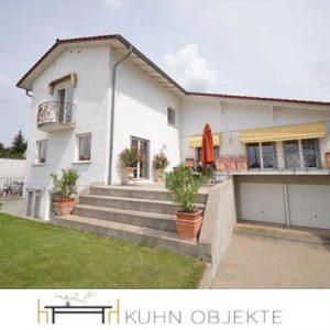 375/ Viernheim – Schönes, villenähnliches Haus mit sechs Zimmern in Viernheim-Neuzelache